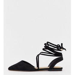 ASOS DESIGN Wide Fit Lawful plaited tie leg pointed ballet flats in black - Black