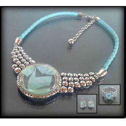 Efektowny zestaw biżuterii z transparentnym turkusowym oczkiem: naszyjnik, bransoleta, kolczyki