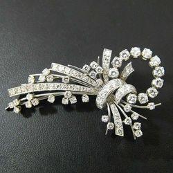 Platynowa broszka z diamentami W650