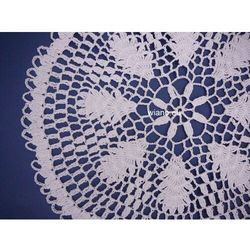 Serwetka ręcznie robiona, biała, śred. 30 cm (bd-9)