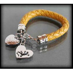 Skórzana jasnobrązowa bransoletka z charmsami YOUNG - jasnobrązowy
