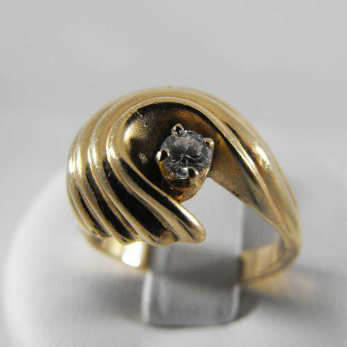 Pierścionki i obrączki, Złoty pierścionek z brylantem P1177