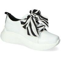 Damskie obuwie sportowe, Sneakersy Karino 3375/010-P Białe lico