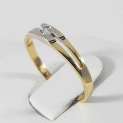 Złoty pierścionek z diamentem P1470