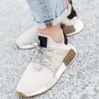 Damskie obuwie sportowe, Adidas NMD_R1 (DA9526)