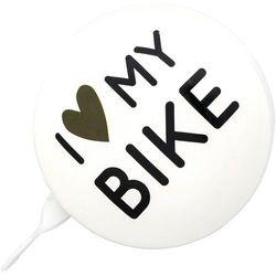 URBAN PROOF Ding Dong Dzwonek rowerowy 8cm, i love my bike white 2019 Dzwonki Przy złożeniu zamówienia do godziny 16 ( od Pon. do Pt., wszystkie metody płatności z wyjątkiem przelewu bankowego), wysyłka odbędzie się tego samego dnia.