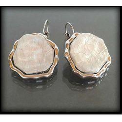 Kolczyki z perłowymi kamieniami - biały