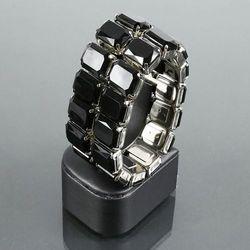 Szeroka bransoletka z dużych czarnych kryształków - czarny
