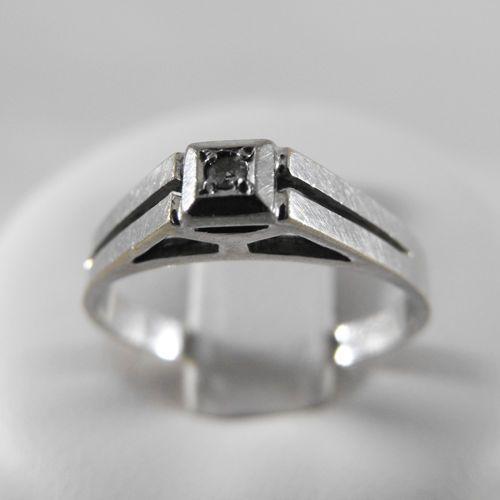 Pierścionki i obrączki, Złoty pierścionek z brylantem P1310